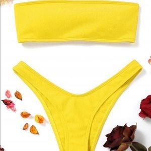 Yellow two piece ribbed swimsuit